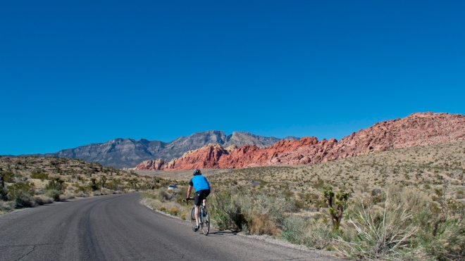 Red Rock Canyon cyclist